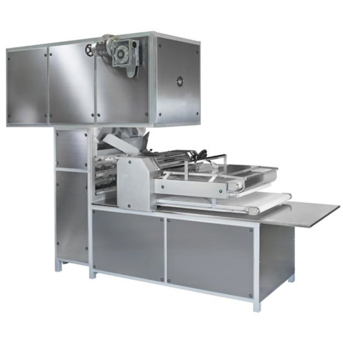 This machine has been designed to adjust to our customer's different demands. This machine is made to different capacities according to customer's demand.