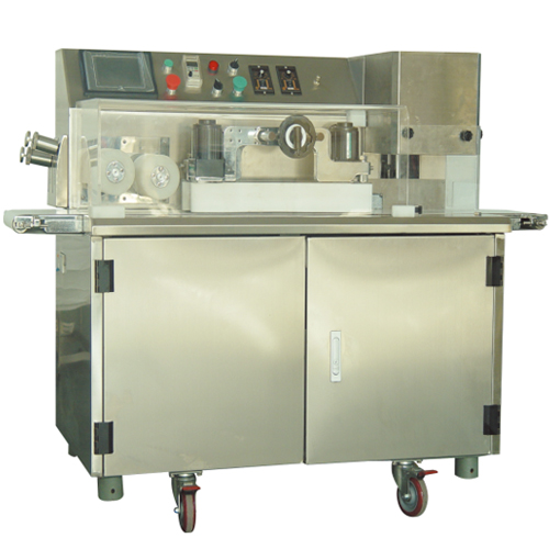 The Forma is a finishing machine to be used in line with our Combina Encrusting machines